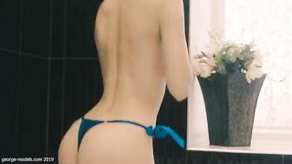 Anna Vlasova Tits